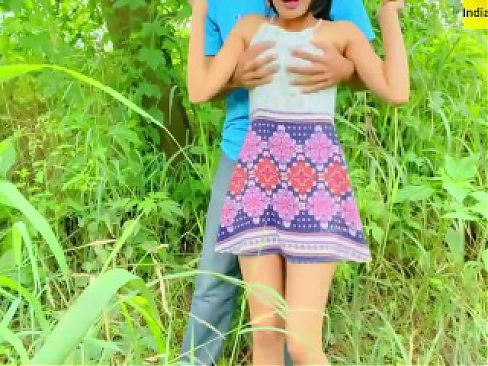 Very Risky Outdoor Public Fuck With Beautiful Indian Girl - Perfect Travel Couple